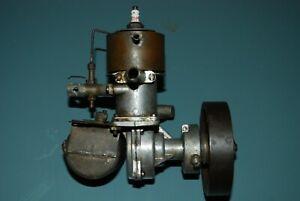FORSTER BROS .99 OLD MODEL BOAT SPARK IGNITION ENGINE