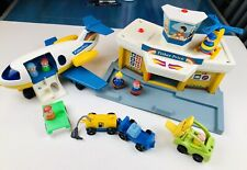 Fisher Price Little People Play Family Jetport Airport 7 Figures Airplane 933