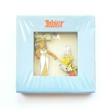 FIGURINE LES ARCHIVES ASTERIX METAL PLAT N°1 ASTERIX & CLEOPATRE 5,5 CM NEUF