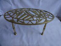 Antique Victorian Brass Oval Trivet Height 10 cm x 26 cm x 15 cm
