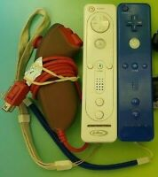Nintendo Wii Remote Lot Nunchuck Cover Red Blue  Tested + Working !