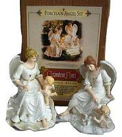 2001 Grandeur Noel Porcelain Angel Set White Angels w/ Cherubs Christmas 2 pcs