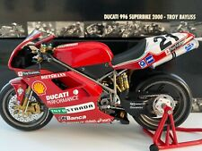 Minichamps 1:12 - Troy Bayliss - 2000 Ducati 996 - World Superbike