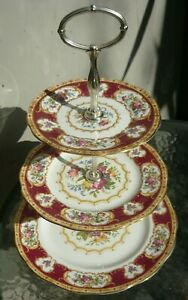 Vintage/antique 3-tier Royal Albert 'Lady Hamilton' cake stand in perfect cond.