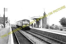 Middle Drove Railway Station Photo. Watlington - Smeeth Road. Wisbech Line. (2)