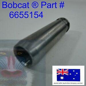 Inlet Valve Guide fits Bobcat 6655154 V1902 V2203 V2003 V1903 V2403 fits Kubota