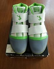Size 13 Lebron James Nike Zoom Soldier 3 2009 brand new
