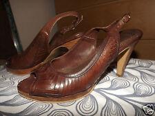BARRATTS Brown Leather  Weave Peep Toe Heels UK 6 UK