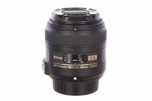 Nikon 40mm f2.8 Micro AF-S DX G with HB61 hood, MINT, 6 month guarantee