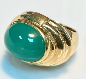 Magnificent Ring Gold 18 Carat - Chalcedony Green - 13.11 G