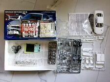 Tamiya 1/24 Nissan Skyline Gt-R V-Spec Ii R34 Model & Detail Up Parts Set 24258