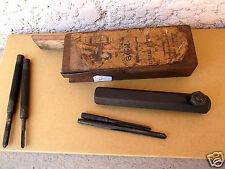 1  ) OUTIL ANCIEN,coffret bois cheville métallique marque BOL, pour cannelures