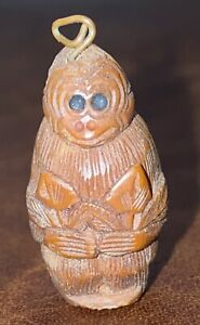 Antique Chinese Carved Hediao Nut Ojime Bead Wonderful Carved Monkey C1900