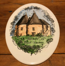 "VINTAGE H&R JOHNSON LTD GLAZED Oval WALL PLAQUE/TILE ""Kentish Oast ~ Houses"""