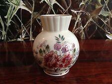 ZSOLNAY Hungary - edle Vase, elfenbein mit Blumendekor, handgemalt