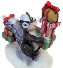 Silvestri Charming Tails Bearing Gifts 87/600