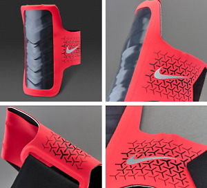 Nike Womens Challenger Arm Band Running Phone Case Bright Red NEW IN PACKAGE $35