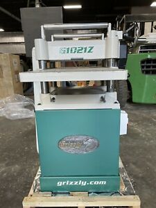 """Grizzly G1021Z 15"""" 3 HP Planer w/ Cabinet Stand -- Freight Shipping"""