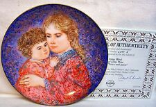 """1985 Hibel Mother's Day Plate """"Erica And Jamie"""" Knowles Collector Plate"""