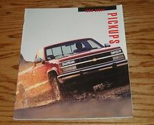 Original 1993 Chevrolet Truck Pickups Sales Brochure 93 Chevy Full Size S-10