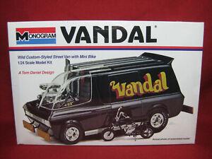 Vandal Tom Daniel Custom Street Van+Mini Dirt Bike Revell Monogram 1:24 Kit 6657