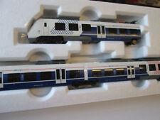 PIKO Modellbahnloks der Spur H0 für Gleichstrom mit Schienenbus