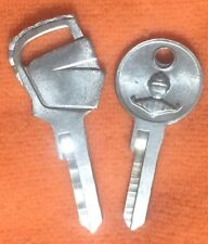 LINCOLN KNIGHTS HEAD KEY BLANK SET (2) 1-Ign/Door 1-Trunk/Gbox 1952-1956 NOS
