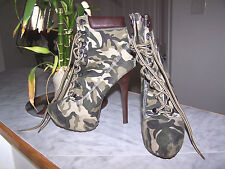 TYRANT Camouflage Color Lace-Up Platform Booties for Female Army Green Size 7.5
