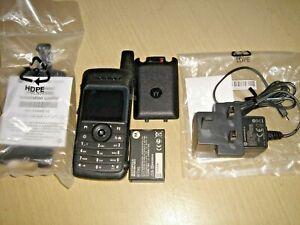 Motorola SL4000 UHF 403-470MHz Digital inc NEW HOUSING, NEW CHARGER & holster