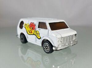 "Unbranded Diecast Bedford ""Sun Van"" White- 1:64 Scale"