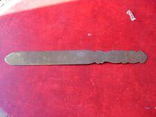 Abrecartas antiguo de bronce (antique letter opener, ancien coupe papier)