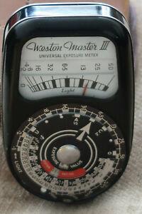 WESTON MASTER III UNIVRSAL EXPOSURE METER IN LEATHER CASE VINTAGE ENGLAND MADE