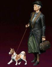 1/35 II Guerra Mundial mujeres civiles + Kit de modelo de resina de perro (1 figura y perro)