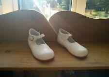 Fofito White Mary Jane Shoes EU 26 ( UK 8.5 Infant) With Box