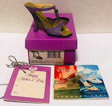 2002 Just The Right Shoe Mothers Love 25374 New! Never Displayed! Mint In Box!