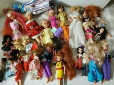 Lot Of Dolls Some Vintage Barbie With Clothing Doll & Outfits Accessories