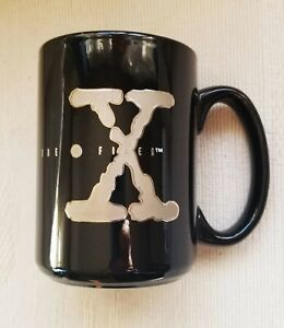 THE X-FILES TV Show Coffee Mug The Truth is Out There RARE Vintage 1995