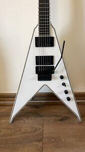 BC Rich NJ DLX JR V 2012 Electric Guitar White