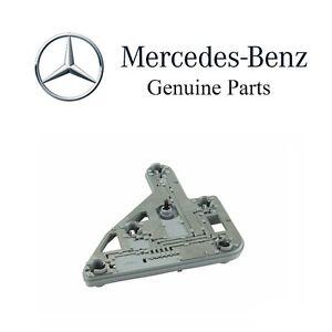 For Mercedes W203 C230 C240 C320 01-04 Passenger Right Tail Light Bulb Carrier