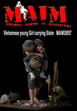 Vietnamese young Girl carrying Sister / 1/35 Scale Vietnam military diorama