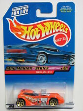 HOT WHEELS 2000 MAD MANIAX  SERIES # 020  TWIN MILL II ORANGE