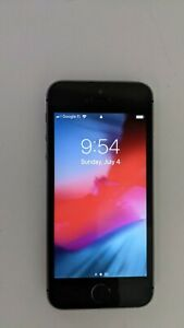 Apple iPhone 5s - 16GB - Space Gray Unlocked A1533 (GSM)