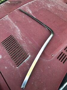 1980 Triumph TR7 Convertible RH Side And Top Windshield Trim #1
