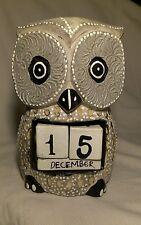 Calendario perpetuo artesanal madera, Buho grande 17x12 cm