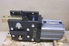 SMC  W-R1-SR PNEUMATIC GRIPPER WR1SR NEW