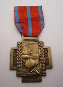 BELGIUM / BELGIAN WW1 FIRE CROSS CROIX DE FEU MEDAL 1914 - 1918 TYPE 1 (A)