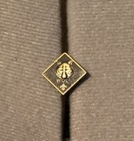 BSA Boy Scouts Of America Wolf Pin Cub Scout Insignia Wolf Pin
