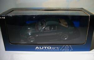 AutoArt   2001 Bullitt Mustang GT  1:18 Ford   Auto Art   Highland Green  in Box