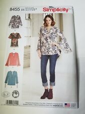 SIMPLICITY 8455 MISSES'/ MISS PETITE PULLOVER BLOUSE. W/ CUP SIZES, SIZE 4-12