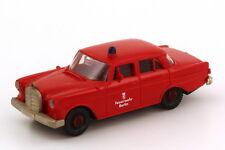 1:87 Mercedes-Benz 190c (w110) pompiers Berlin-Brekina